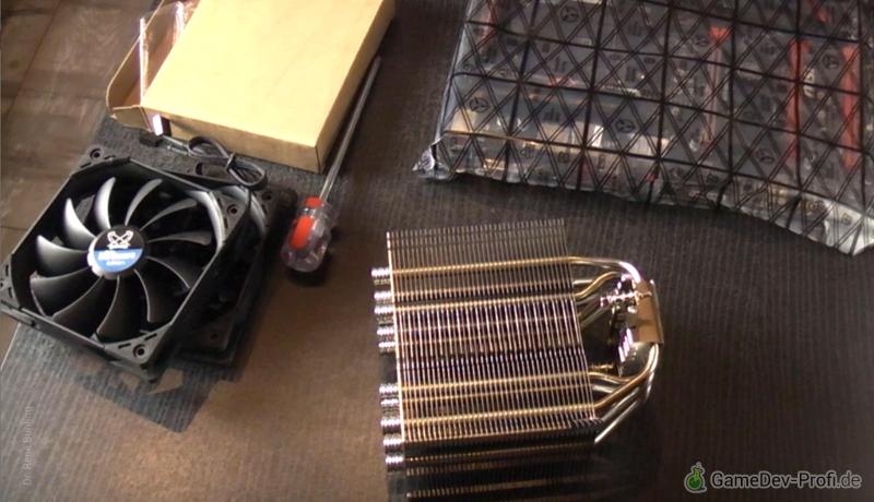 CPU-Kühlmodul mit großem Kühlblock und zwei Ventilatoren.