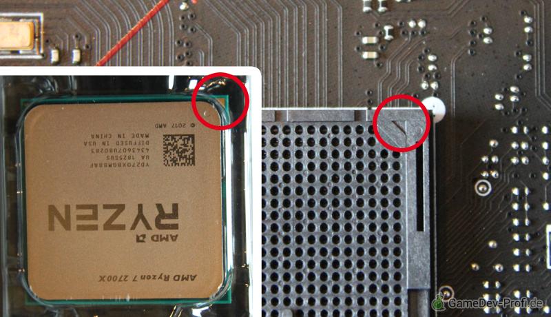 Die dreieckige Markierung auf dem Prozessor und dem Prozessorsockel müssen beim Zusammenbauen in die selbe Richtung zeigen.